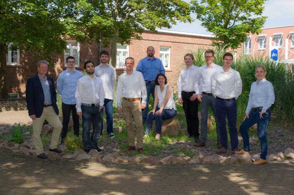 IBO-Institut Gruppe und einzel am Montag (18.07.2016) Foto: Becker & Bredel