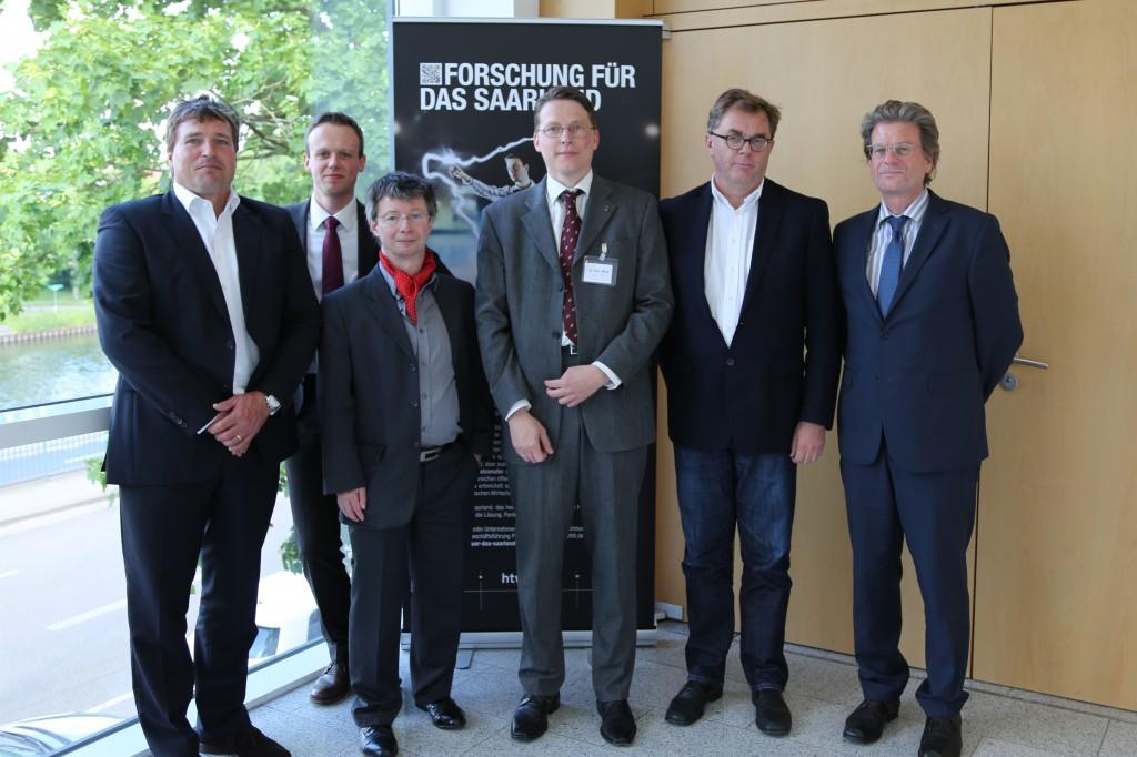 Referenten des KMU Tags (v.l.n.r.): Andreas Wintrich (KTP GmbH), Thomas Butterbach (IBO), Michael Zimmer (büro für ehrliche werbung), Dr. Tobias Blickle (IMC AG), Christoph Lang (saar.is), Prof. Dr. Ralf Oetinger (IBO). Nicht auf dem Foto: Dr. Christoph Esser und Patrick Rosar von saar.is.